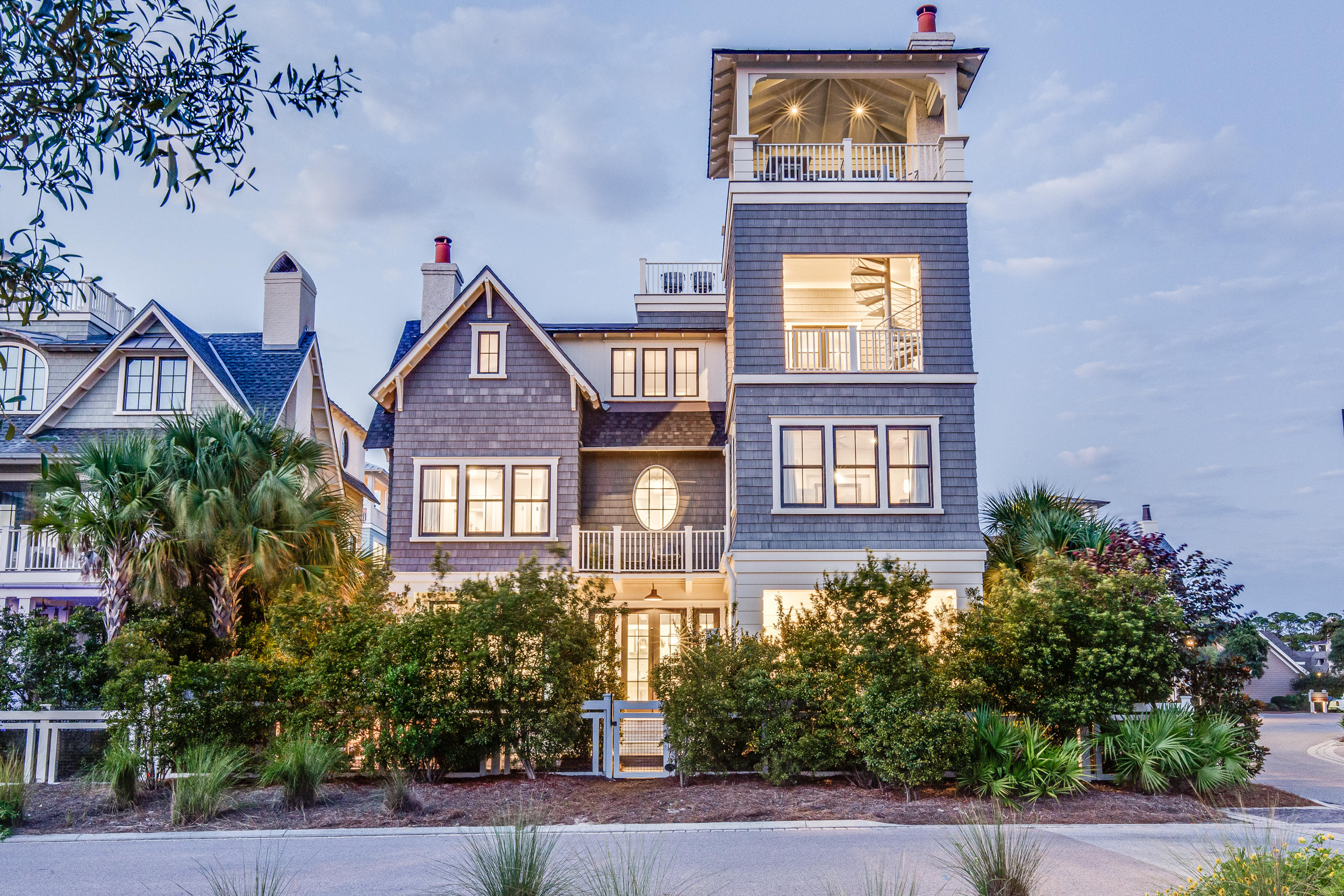 Incredible opportunity to own this Custom home in one of the best locations in WaterSound Beach. Rev