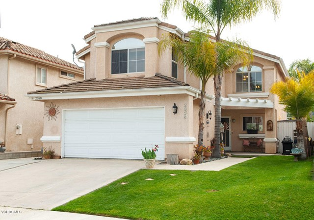 Beautiful 3 bedroom 3 bath home located at the end of a cul-de-sac!  Great family neighborhood walki