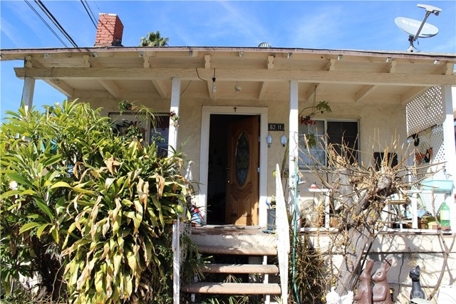 Great home with lots of potential. This property features a large living room, formal dining room, upstairs loft, enclosed patio off the kitchen. It has a large backyard which offers plenty of room for expansion. There's a bonus room right next to the detached garage. This home is located in a good North Highland Park location. It is close to schools, bus lines and shopping. This home is being sold as-is.