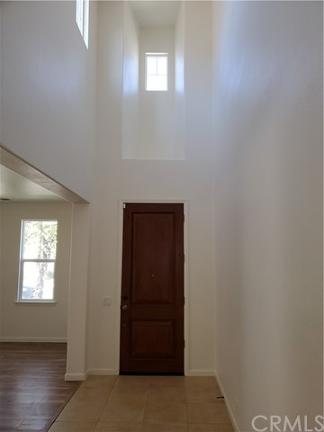 Beautiful two story home with lots of upgrades large kitchen with island all granite counters large