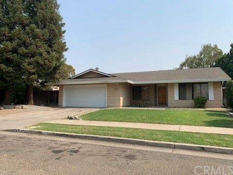 This 4 bedroom 2 bath home with 1982 sqft located in a cul-de-sac in North Merced. This home feature