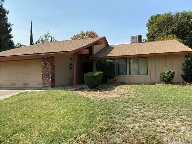 This is the one and it  won't last long!  A 4 bedroom 2 bath home located in a cul-de-sac in the hea