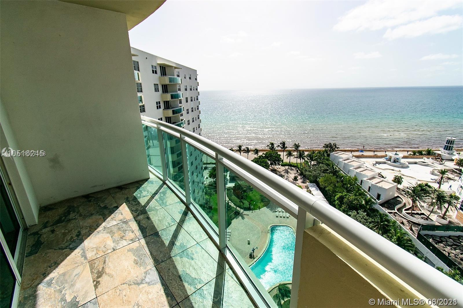 BEAUTIFUL OCEANFRONT  2 BEDROOM 2 BATH UPGRADED CONDO WITH DIRECT OCEAN VIEWS. NEWER REFRIGERATOR AN