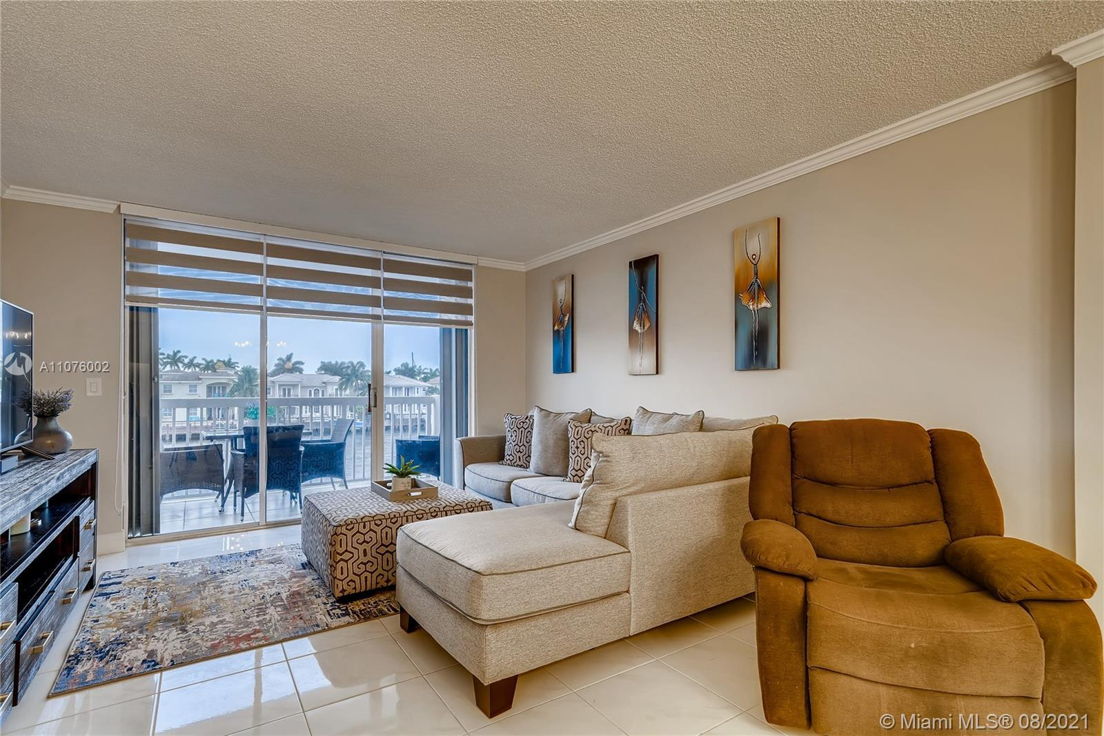 Watch million dollar yachts and beautiful sunsets right from your balcony. Completely renovated 1 be