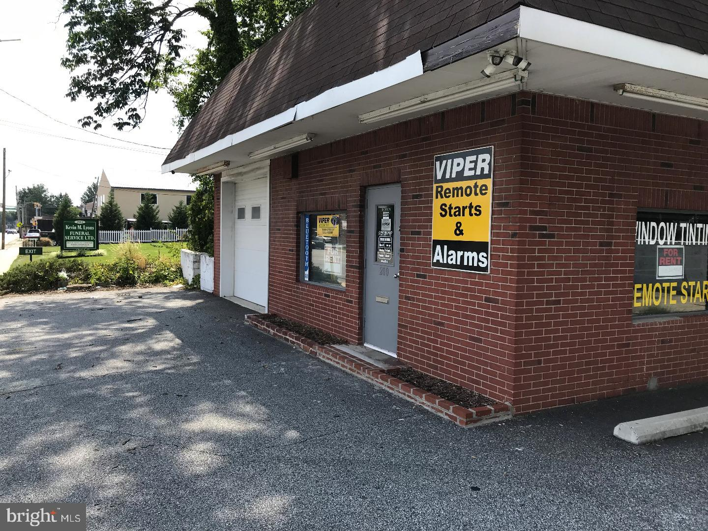 Great location with parking on busy Chester Pike in highly populated Delaware County. Near 95 and close to Philadelphia. Approximately1600 sq. ft. building with showroom and two large areas with overhead doors that were used for auto alarm and auto stereo installation. Clean well maintained space that could be for retail use. Overhead doors. Secured building equipped with alarm system and cameras. Roadside illuminated signage. Priced-to-lease quickly so reach out to me today.