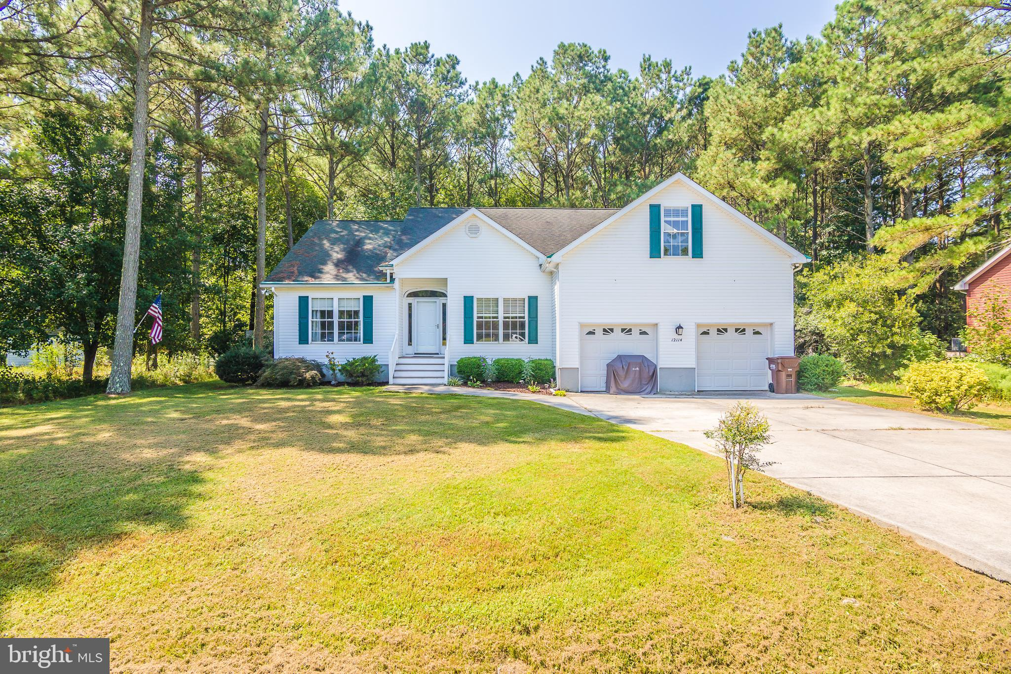 Affordable living close to Ocean City,  Assateague Island and Berlin. First floor master suite - open living room to kitchen area with porch on rear viewing fenced yard. behind the yard is all woods for privacy.  3 bedrooms and bath on second floor.  Beautiful floors on 1st floor and carpet on the 2nd floor.  Live in nice community of homes with NO HOA fees.  Not in flood zone!  Plus 2 car garage.  Occupied, by appt only.