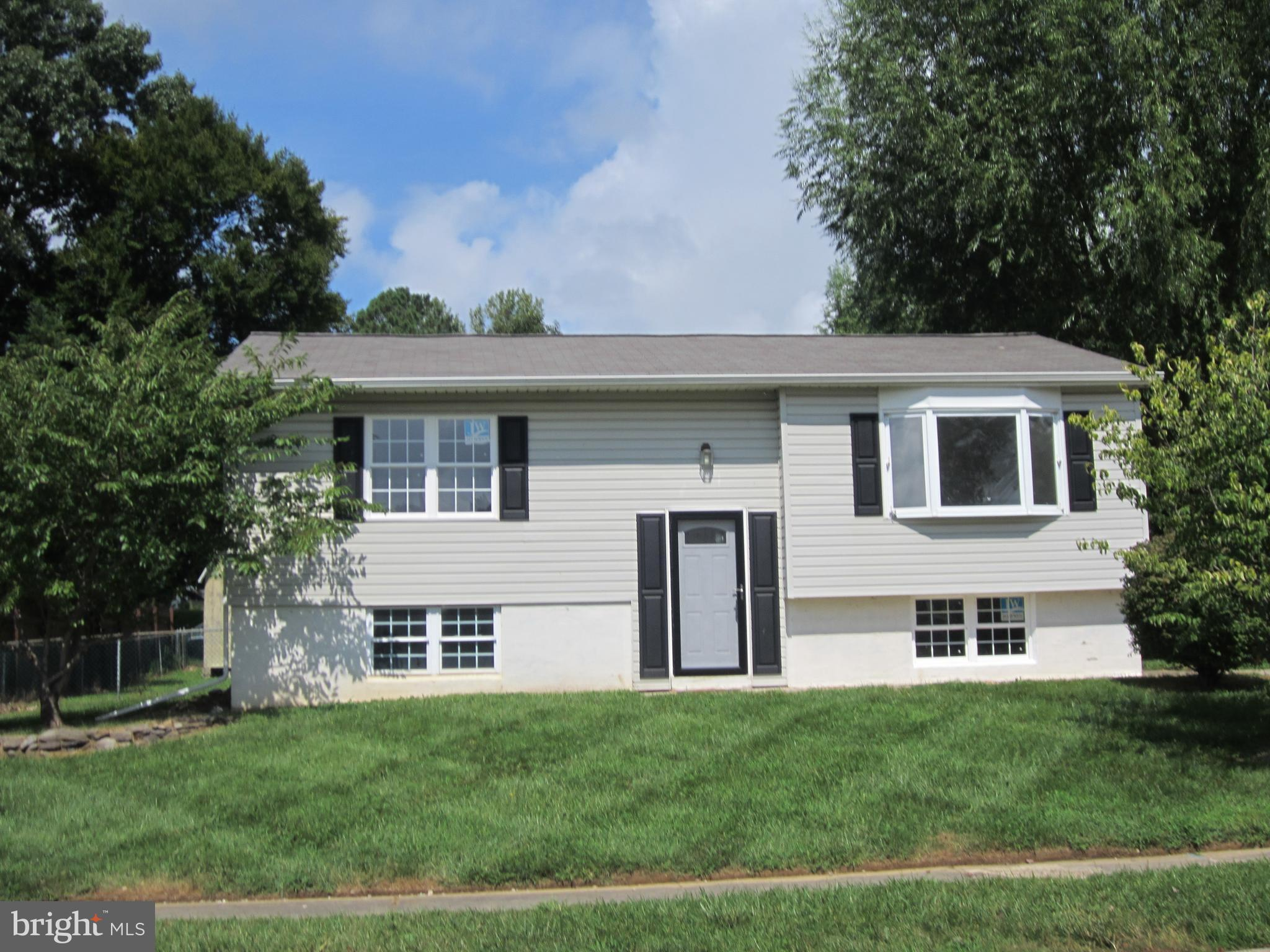Buckhill Farms. Convenient to schools, shopping, restaurants and Delaware. Home has 3 bedrooms, plus