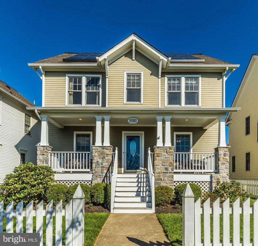 STUNNING!  Meticulously maintained Parkwood home overlooking the rolling hills of U District Park.