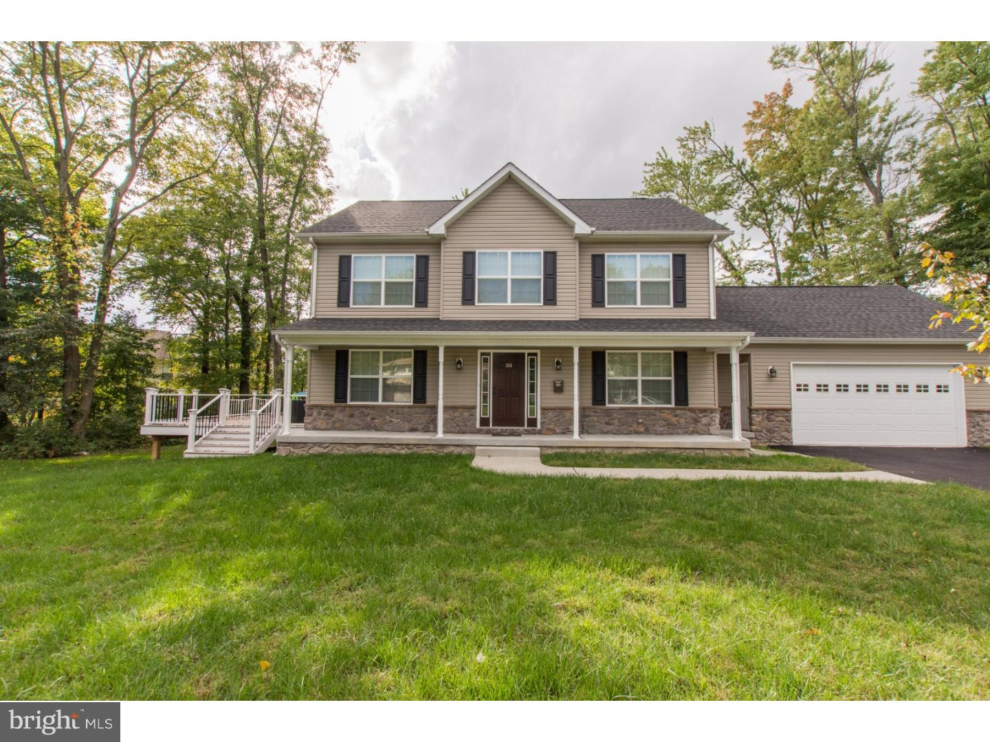 Welcome to Peyton's Grove!  This three yr home is a classic center hall Colonial with a modern, open