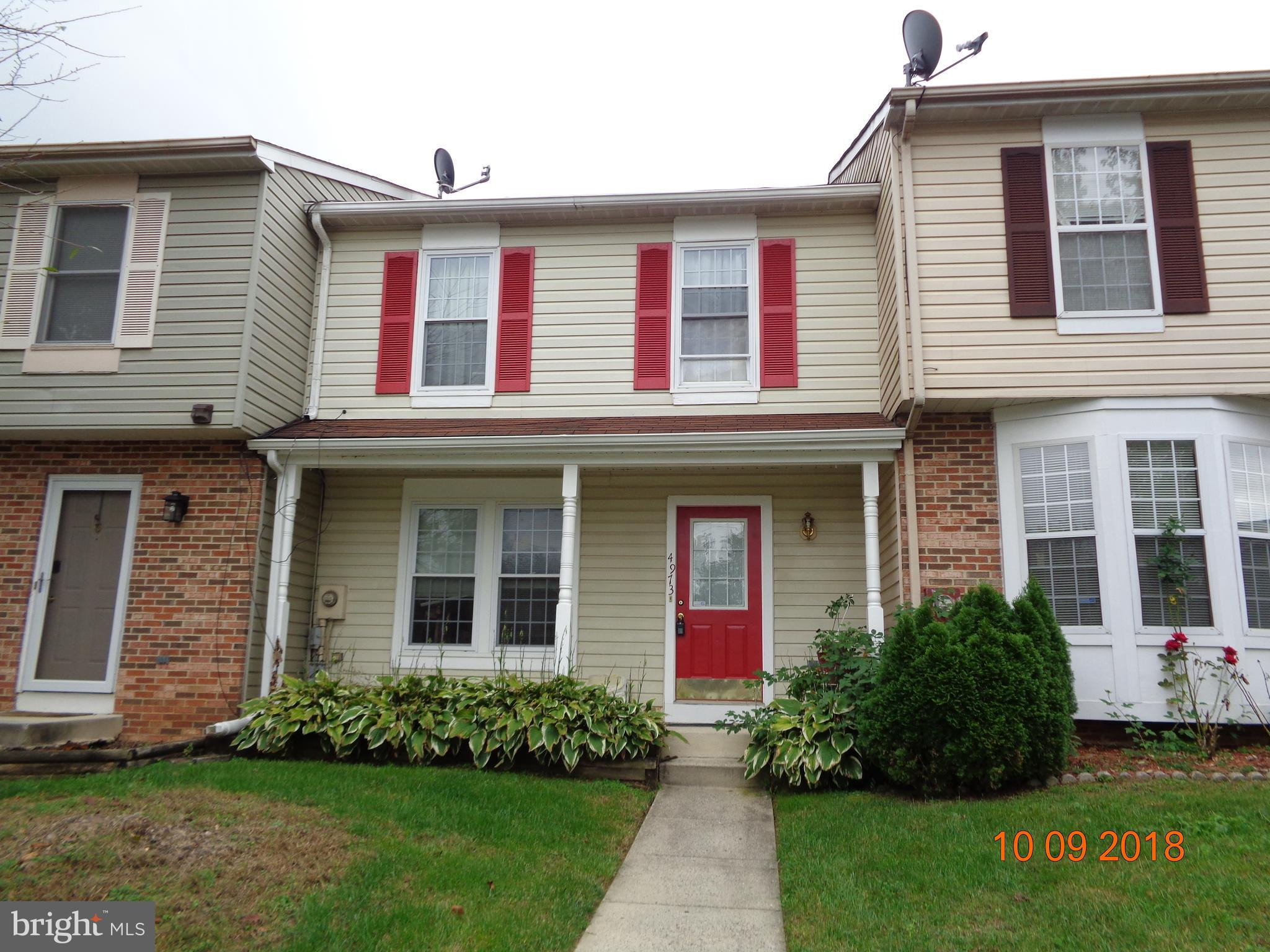 Lovely 3 Bedroom 2.5 Bathrooms, townhouse with a fully finished basement. This home is close to majo