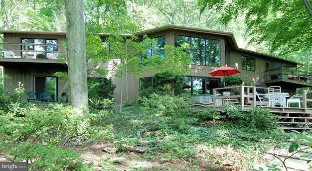 Got Privacy? Peaceful setting on 2.66 acres all yours, minutes from Annapolis and easy commute. Own