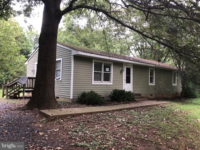 Deeply Discounted Foreclosure Opportunity in Chester Harbor.  Property was previously renovated/upda