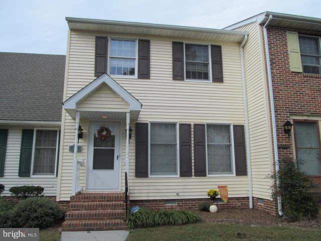 Convenient location,  new stove, refrigerator, and dishwasher, carpets have been cleaned, and interi