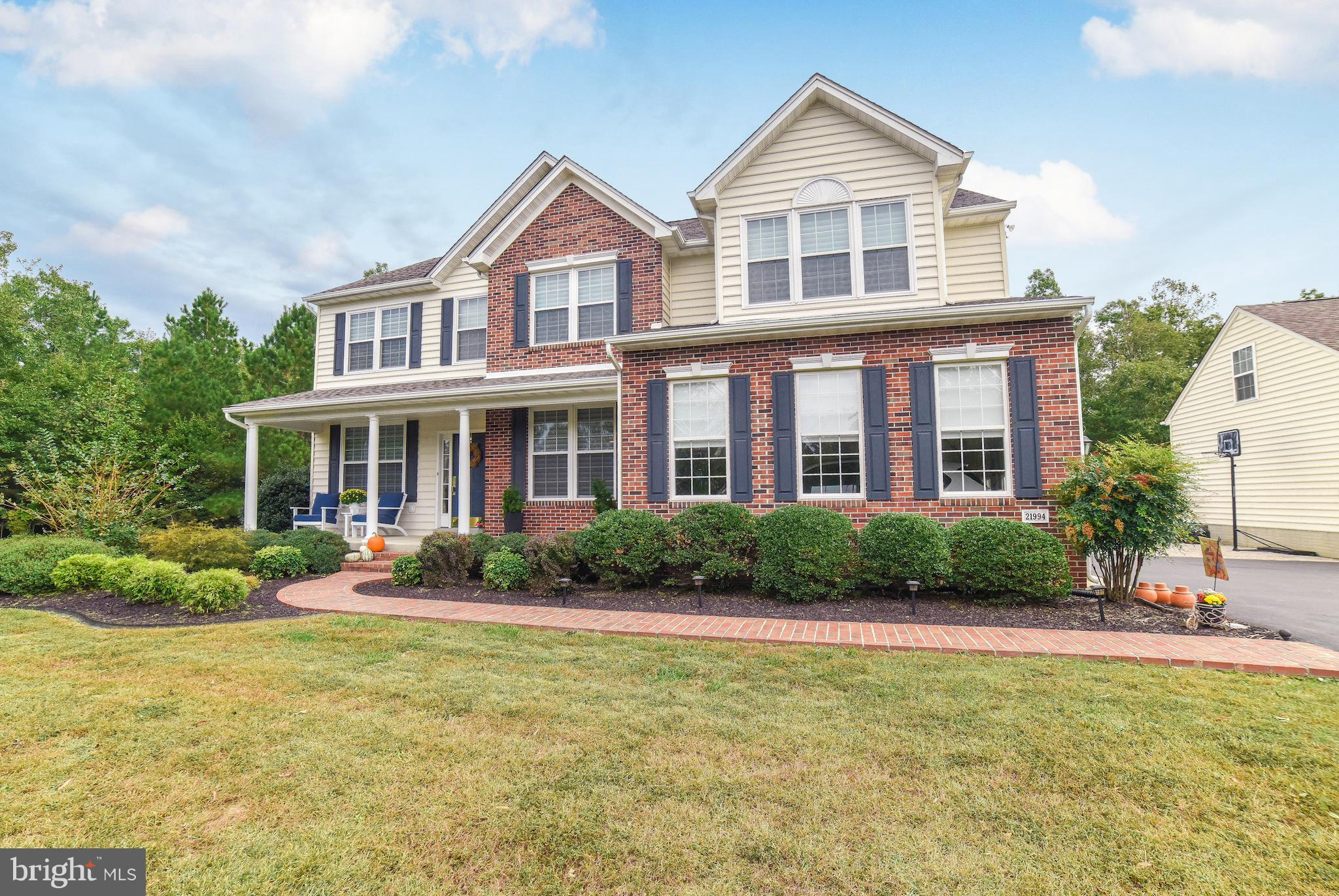Elegant & impressive, yet comfortable & inviting, this lovely home will steal your heart! Newly-remo