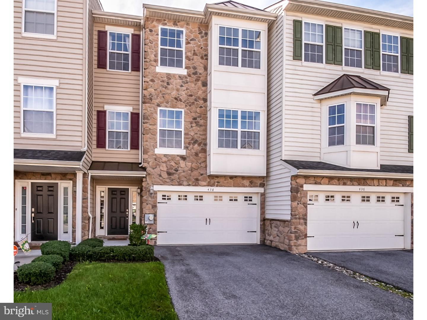 Super well maintained three bedroom 3-story stone and vinyl townhome is nine years young.  Over-size