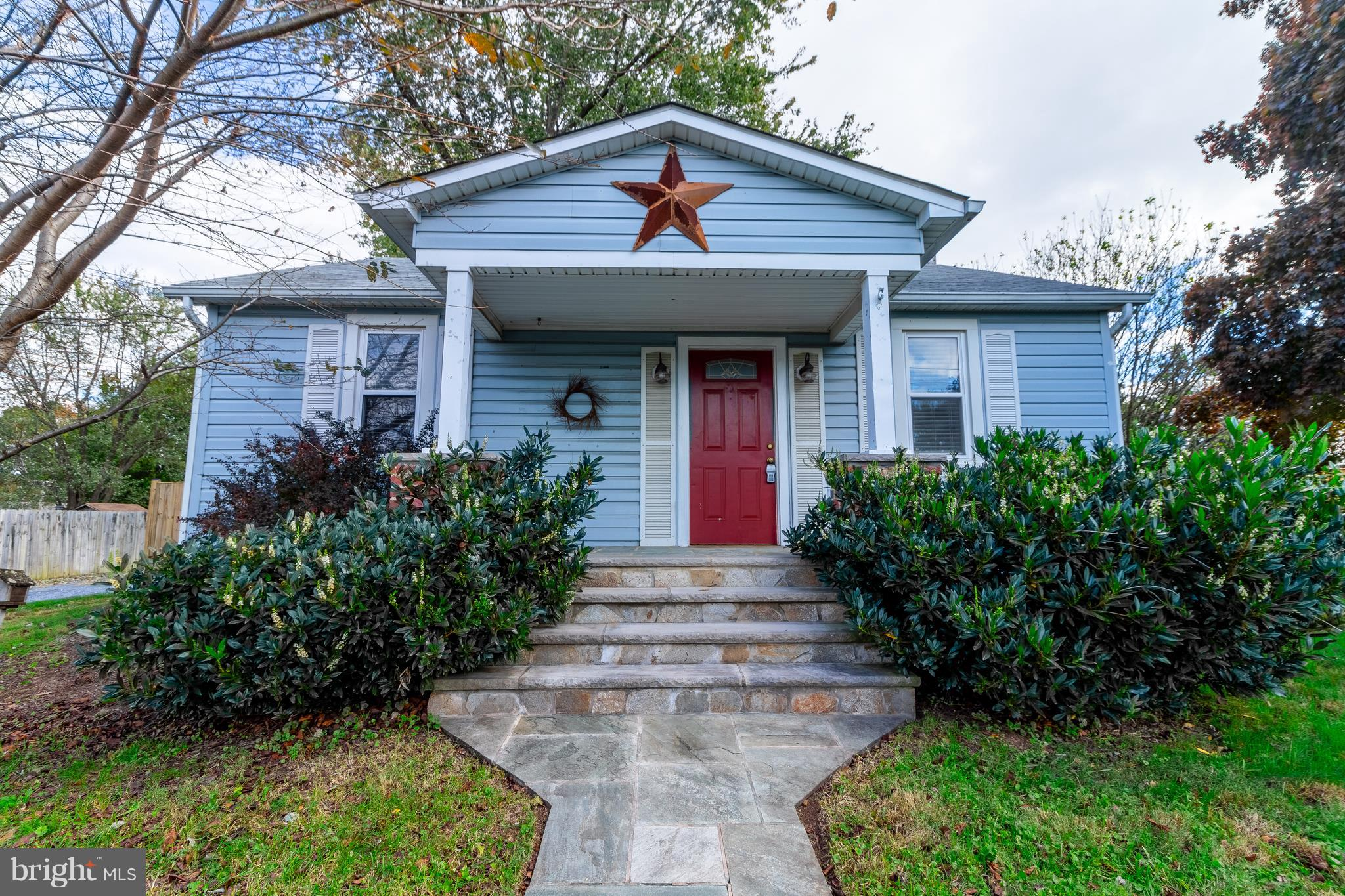 Single family home at a townhouse price.. Come see this adorable 2 bedroom rancher with garage.. Kit