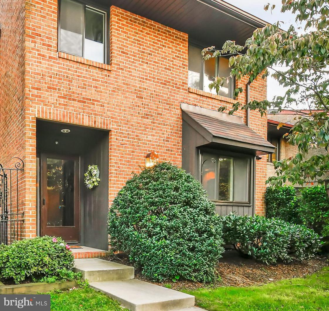 LOCATION, LOCATION, LOCATION! Charming townhouse in sought after Valleywood  community.  Large eat-in kitchen with lots of storage.  Freshly painted. Updated master bath. Finished walkout basement with fireplace. Conveniently located to 83, lots of shopping and  a variety of restaurants.