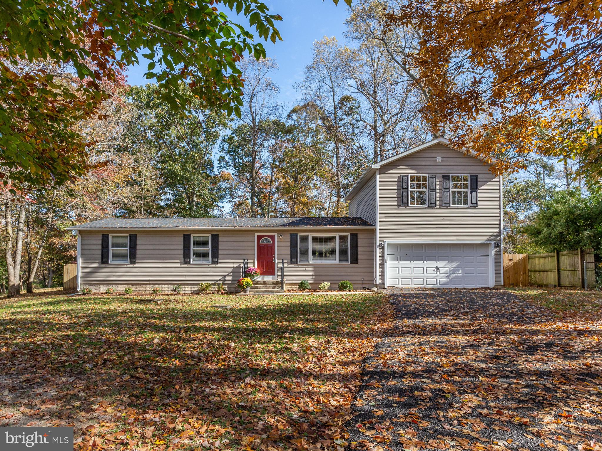 You will love this beautifully renovated 1,800 Sq.Ft. Open Floor Plan Rambler with 3-BR, 2-BA, 1-Off