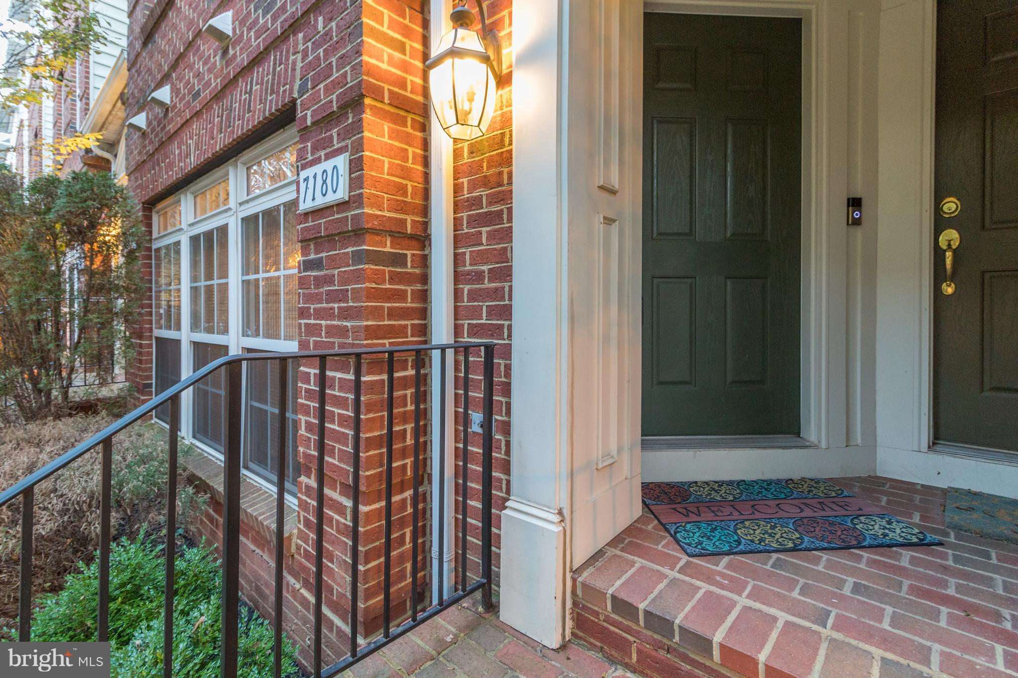 Gleaming and Gorgeous lower lvl townhouse/condo. Well maintained one owner boasts new hardwood floor