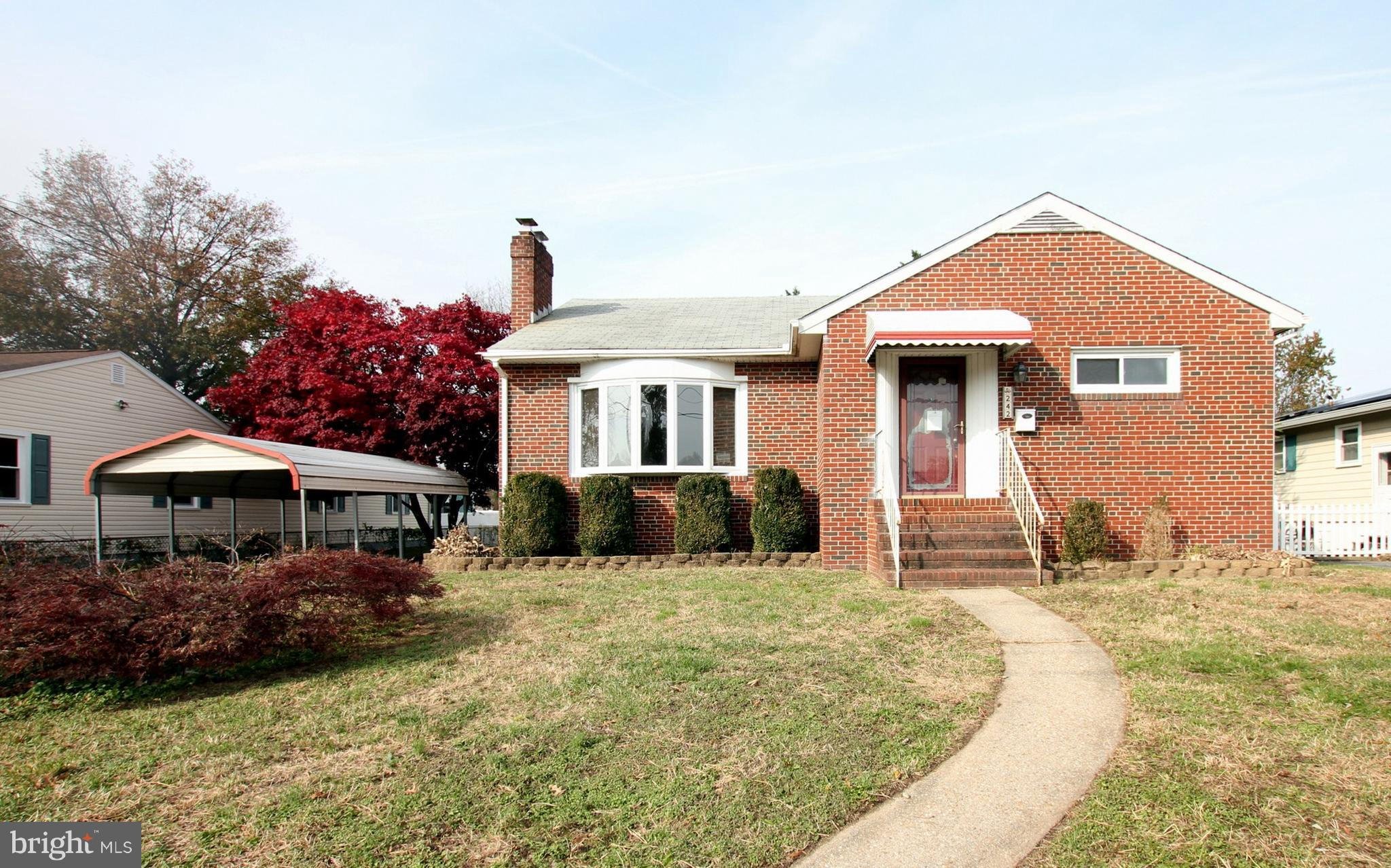 Brick rambler, hardwood floors. Ideal for investors or first time buyer with fha203k rehab loan.