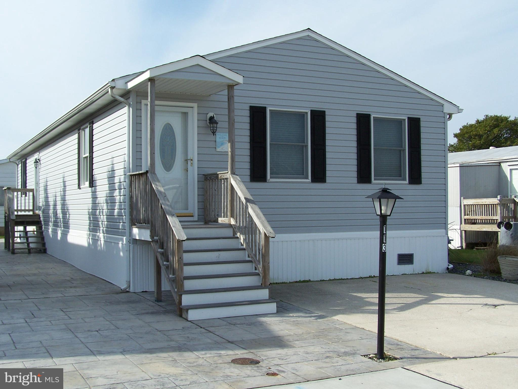 This newly renovated 4 bed/2 bath custom built home is located in the sought after community of Mont