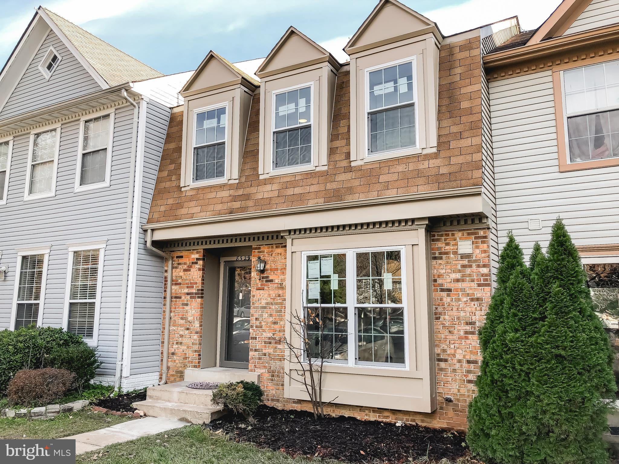 Beautifully Renovated Model Condition 3 Level Townhouse with Top of the Line Products! All New Gourm
