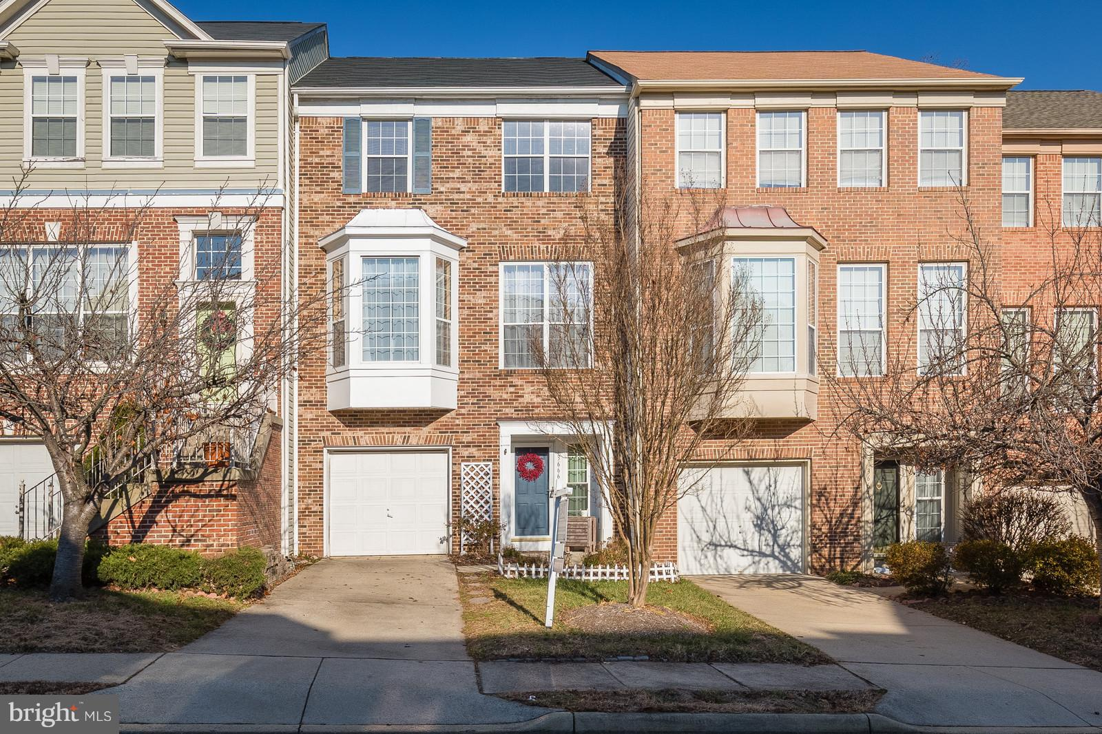 New to the market. This is a Pulte Garage Townhouse that has a new roof, fenced yard, deck, gleaming