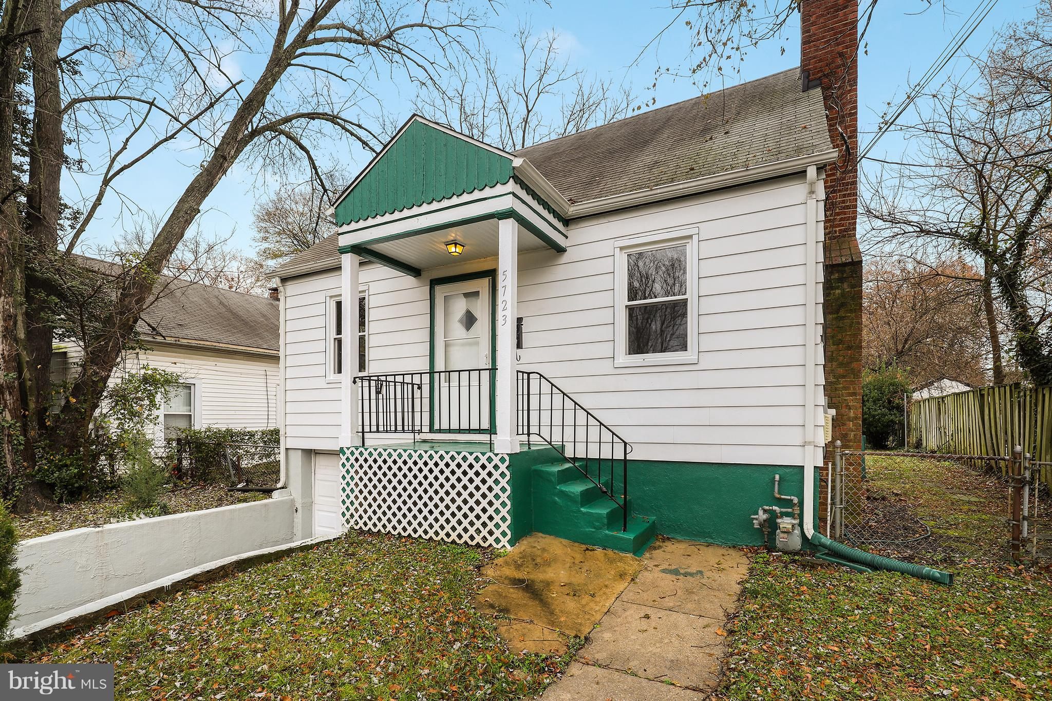 What a find!  Freshly remodeled 3 BR/1.5 bath home within walking distance to 2 METRO stations!  New