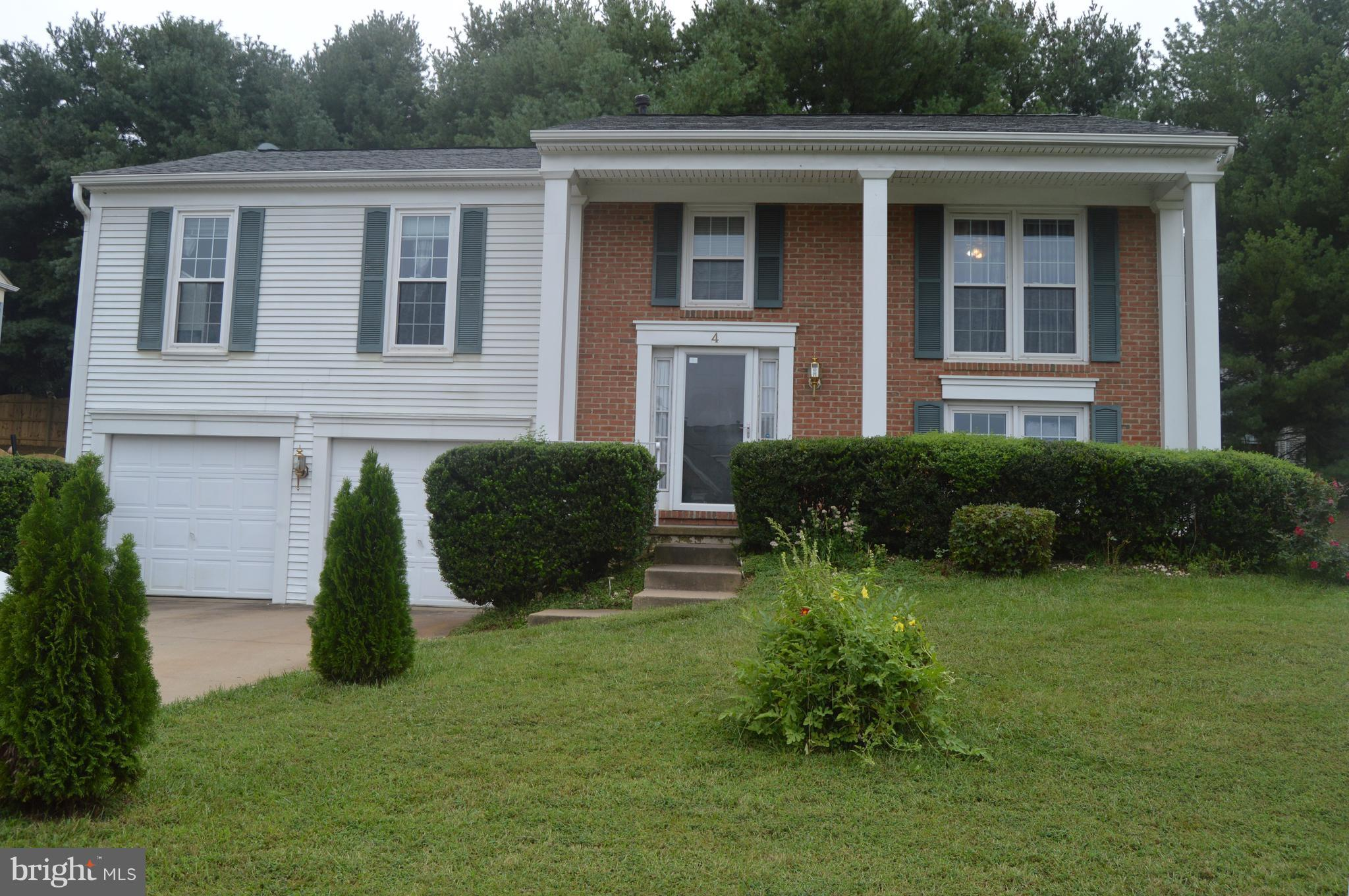 This nice, clean home awaits you and your family! The wide, inviting entrance w/ nice sized living r