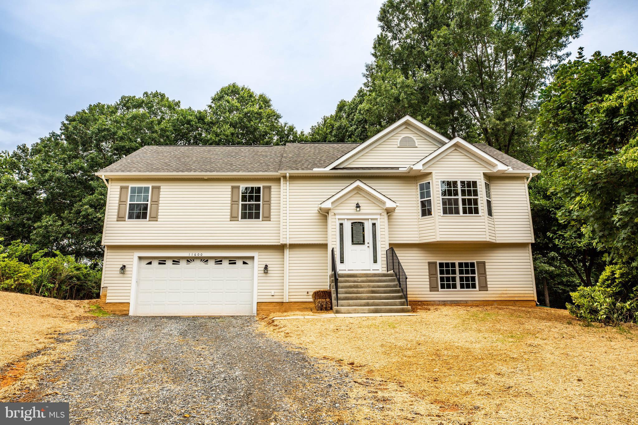 NEW CONSTRUCTION with NO HOA...  Minutes from VRE,  Downtown Fredericksburg & I95...SPACIOUS OPEN FL