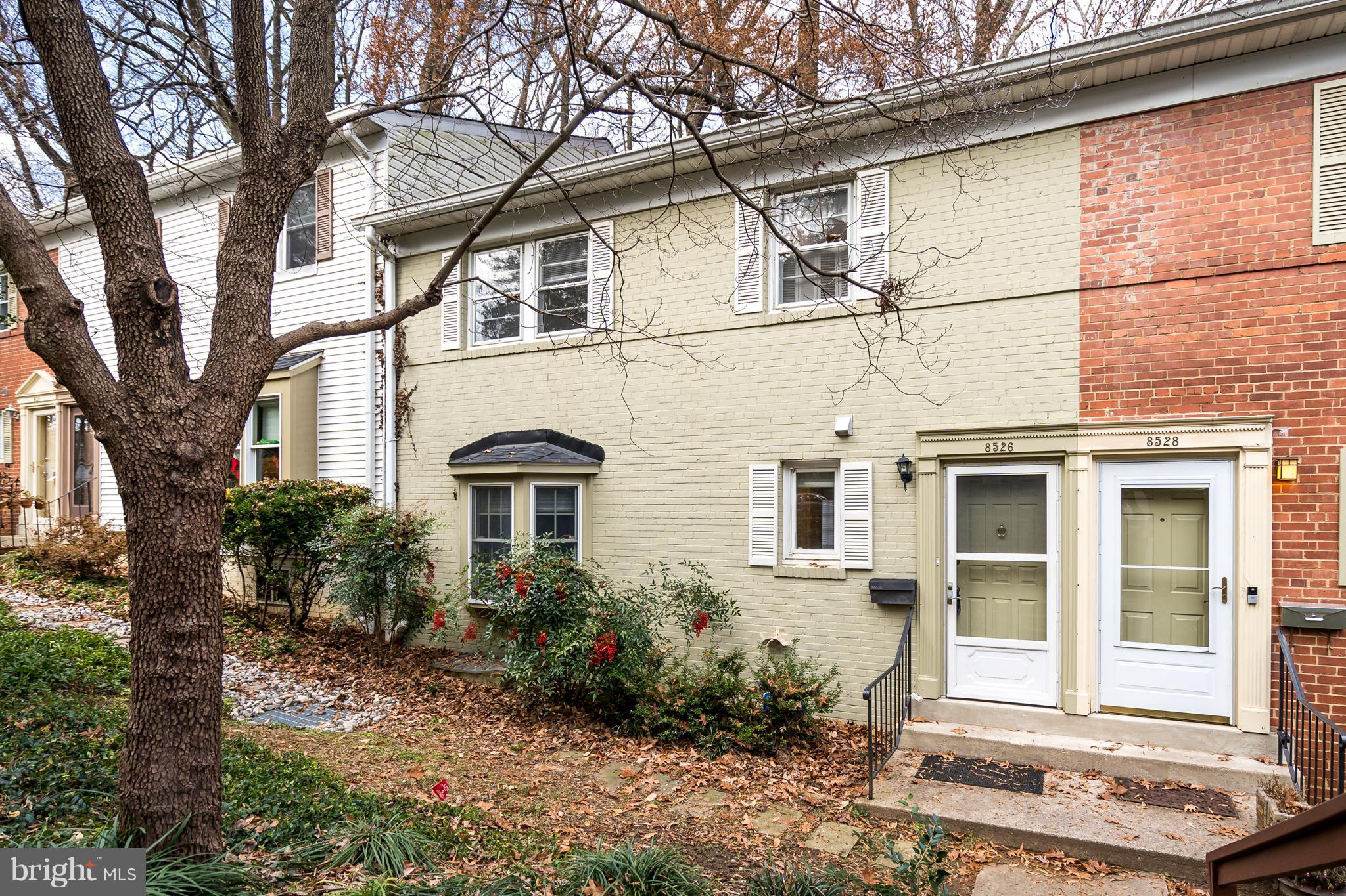 Introducing this beautiful and spacious 2 bedroom, 2.5 bath townhouse in park-like Top of the Park c