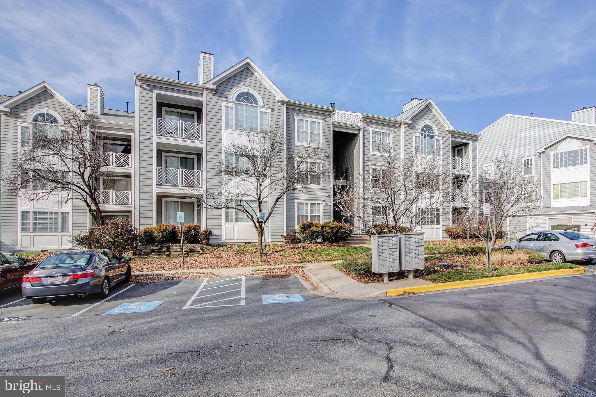 Act fast because this beautifully updated condo will not be available for long! You are first greete
