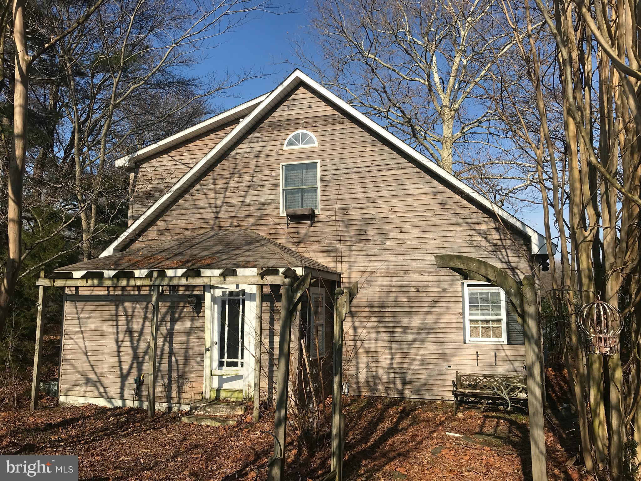 Waterfront 2 bedroom cabin on Hearns Pond! Two story home with upstairs loft with waterview deck! Sc