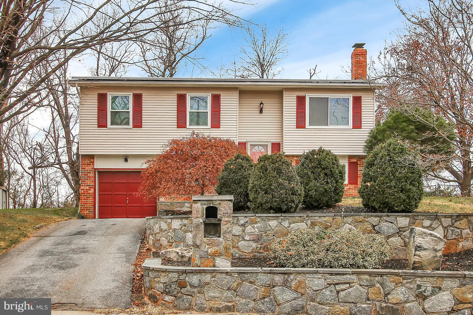 Beautiful and well maintained  4 Bedroom/2 Full Bath home conveniently located on a quiet Cul-de-Sac