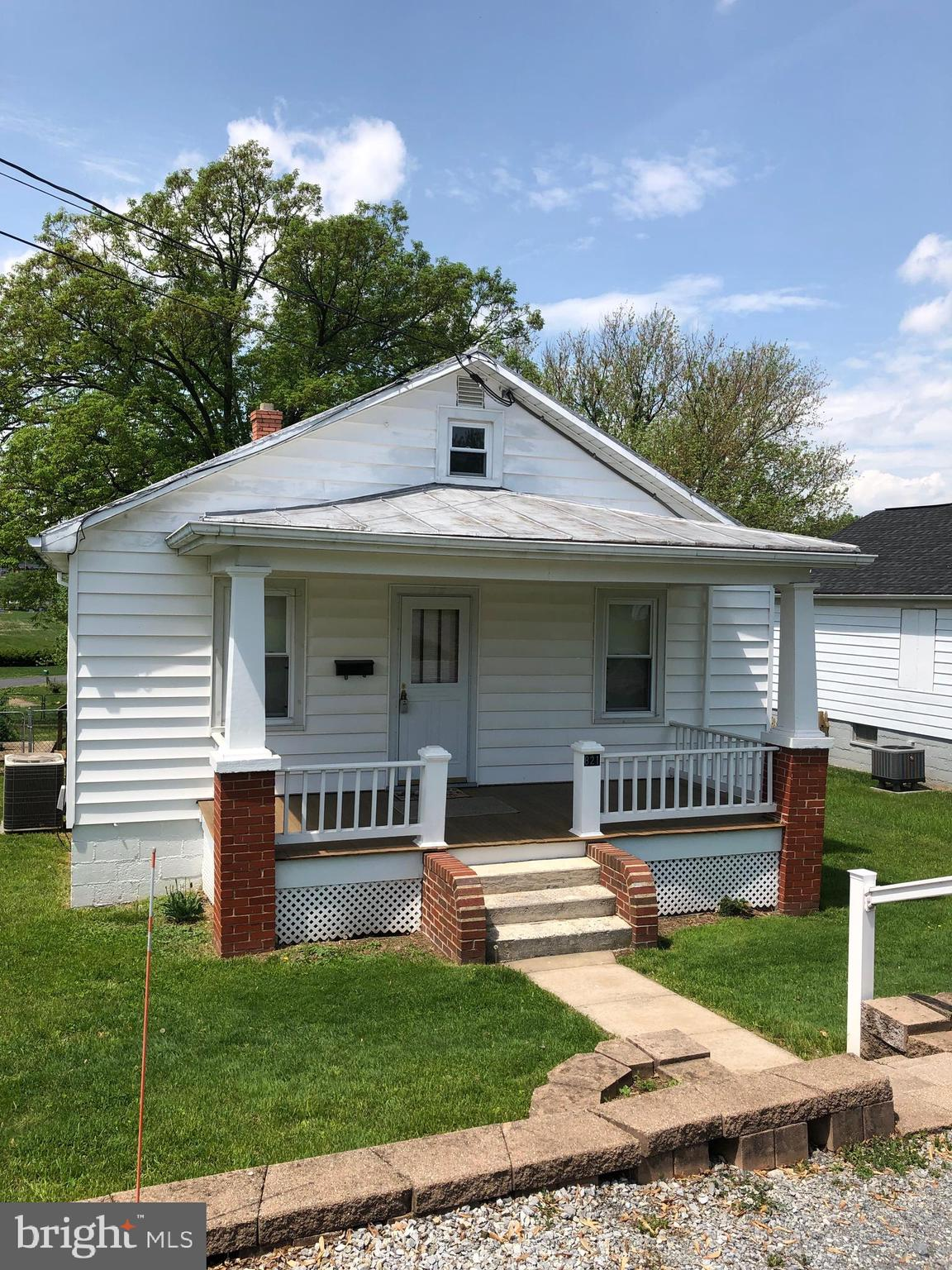 Come see this 1955 Craftsman style home that has been well maintained with nostalgic charm . This ho