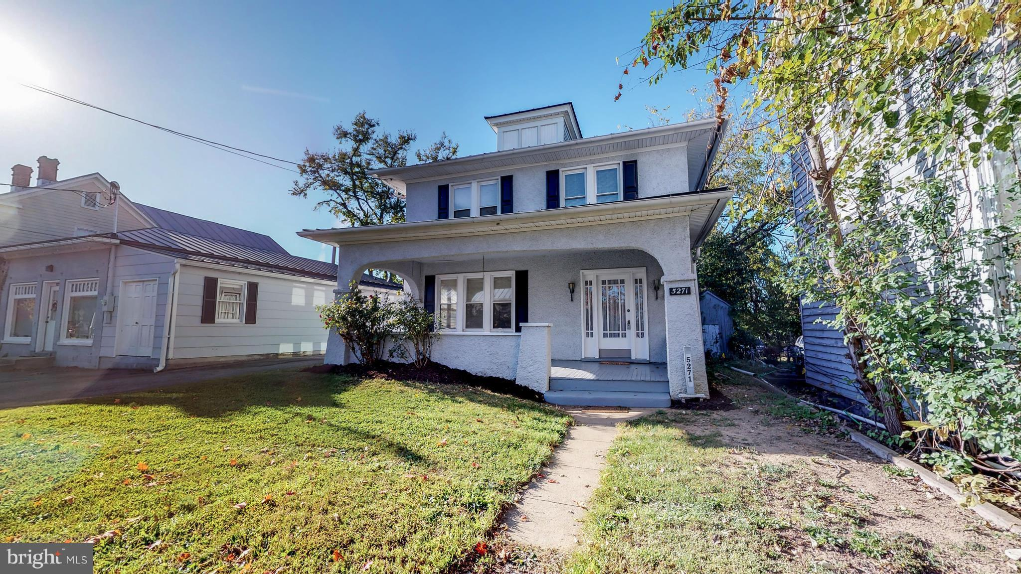 Looking for a new home with investment opportunity? Located in the heart of beautiful historic Steph