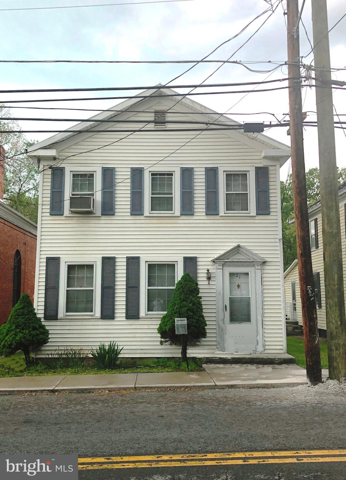 2 BR 1.5 BA house located on Main Street in Boycewith an eat-in kitchen, living room, dining room. A