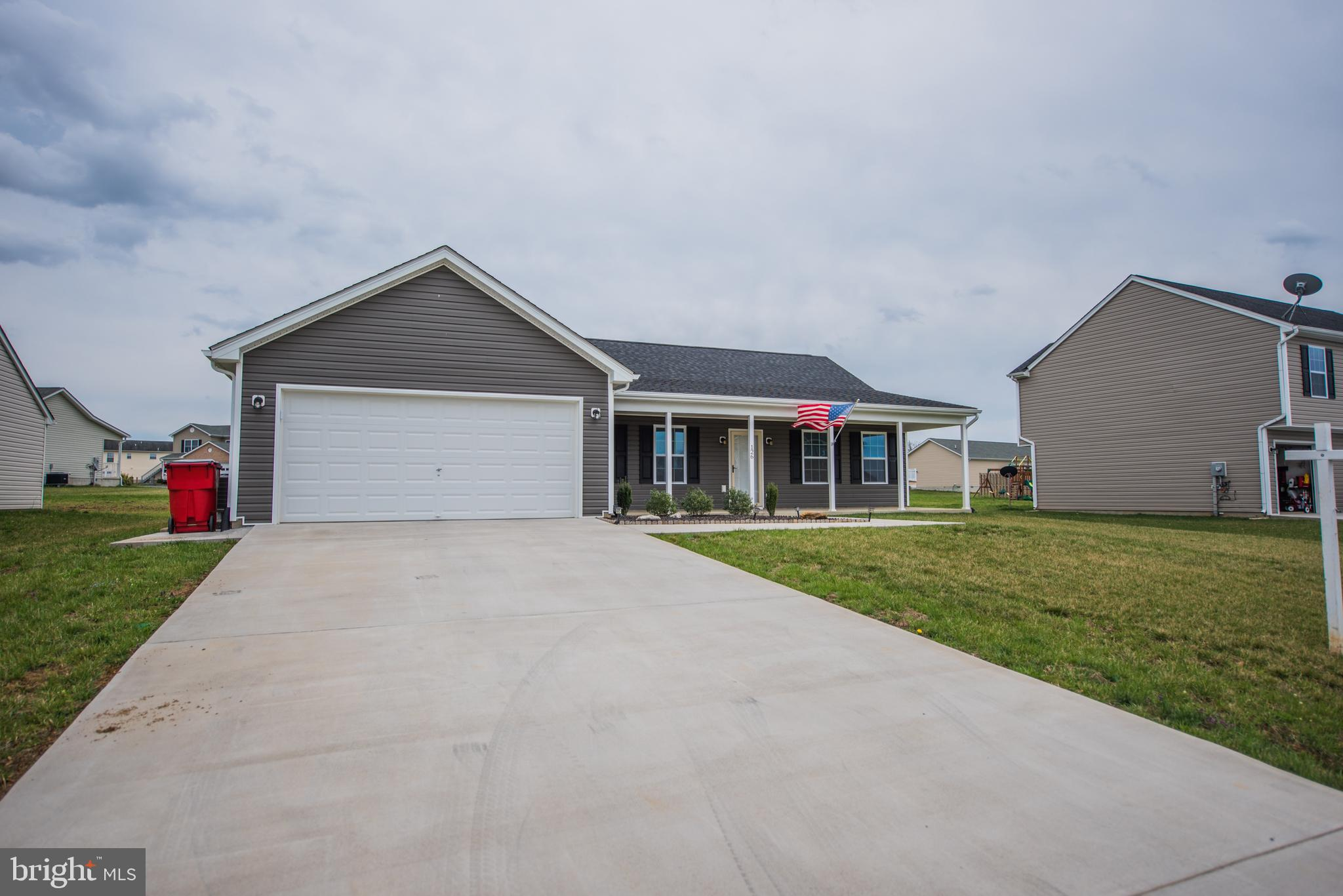 Very nice home in established community.  No stairs to navigate! 2-car garage, 12 x 16 concrete pati