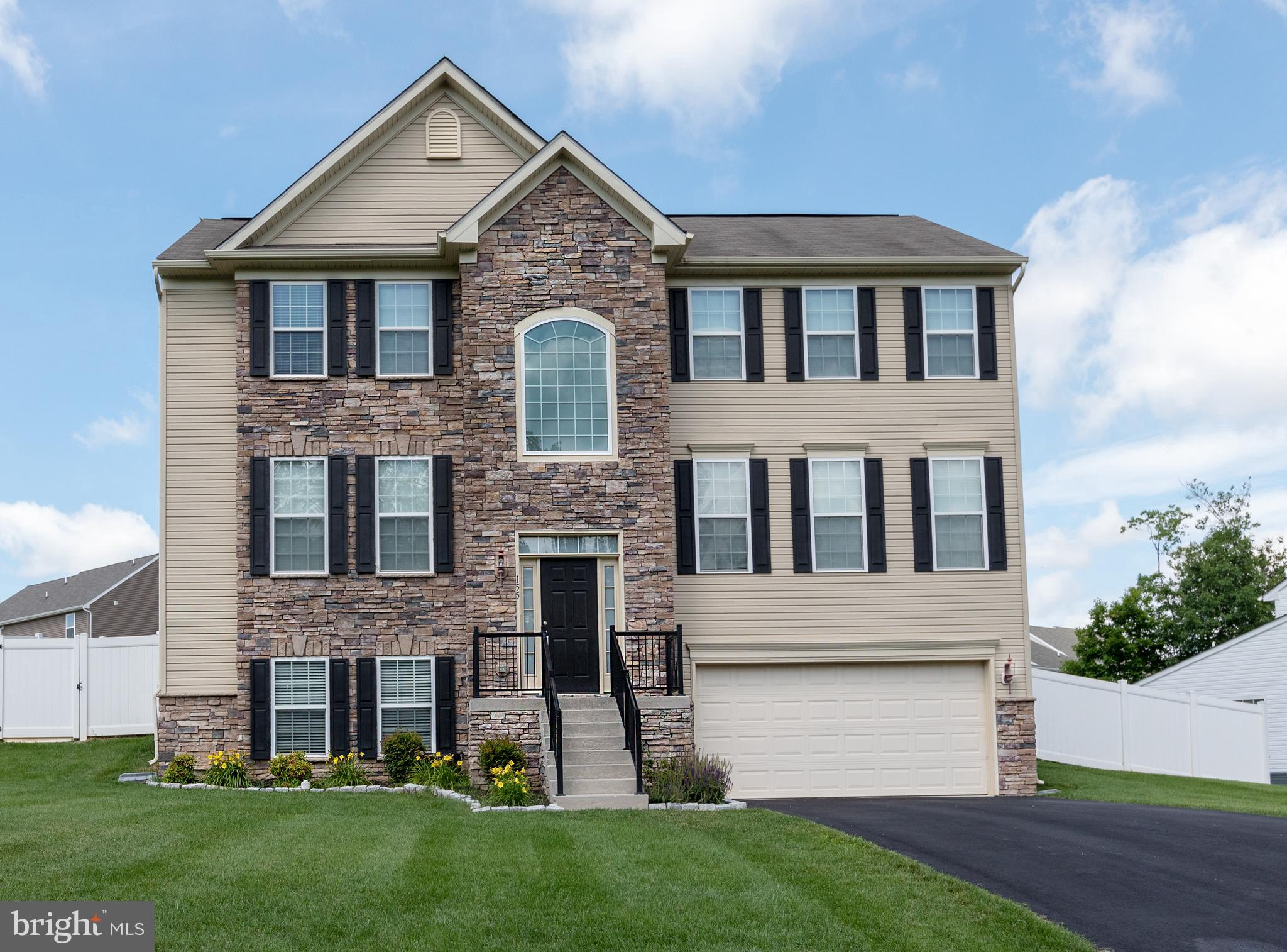 Need space? Large Open concept 3 level colonial in Bethel Springs. This home still has room to grow.