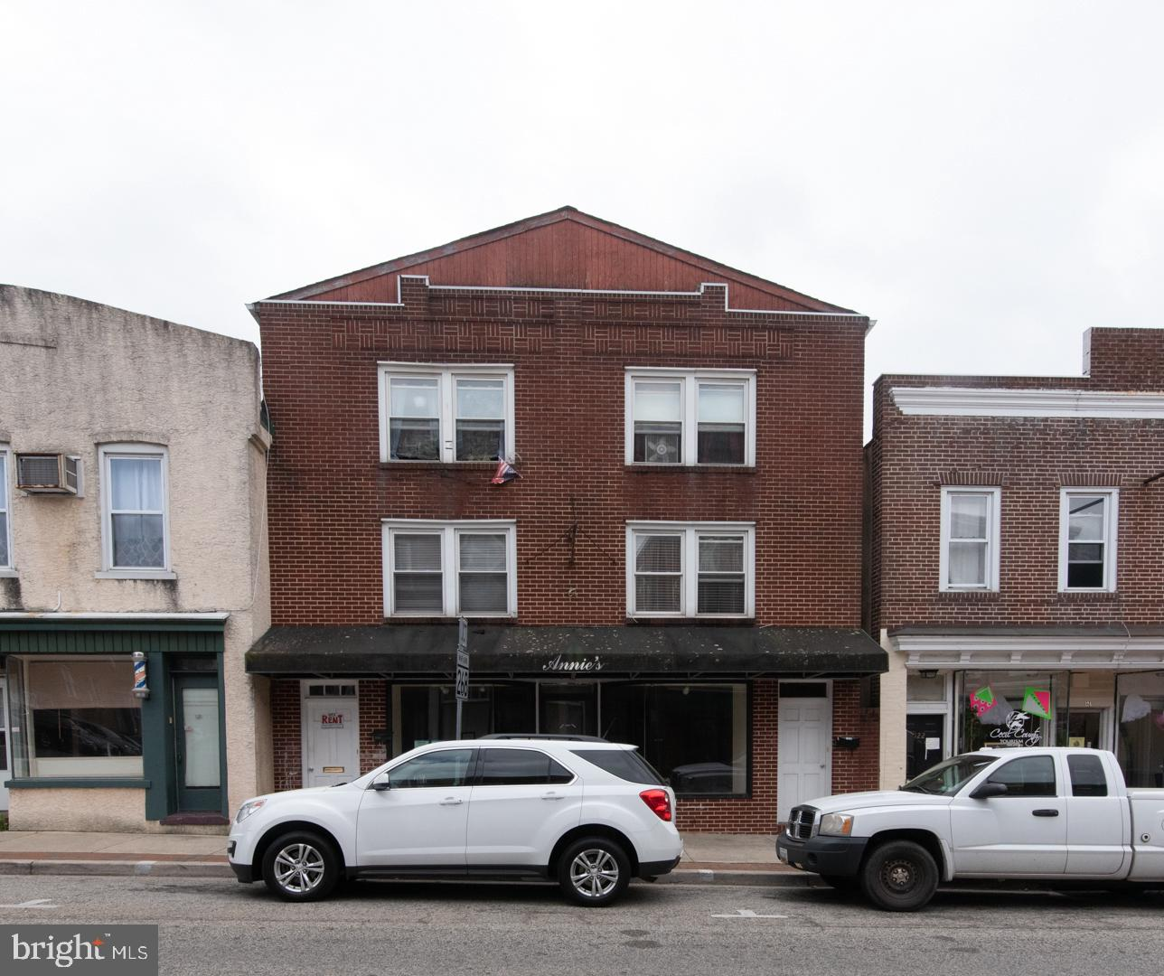 "Mixed Use Building in ""Elkton"", Online Auction Only! Bidding begins Sunday, May 19th & ends Friday,"