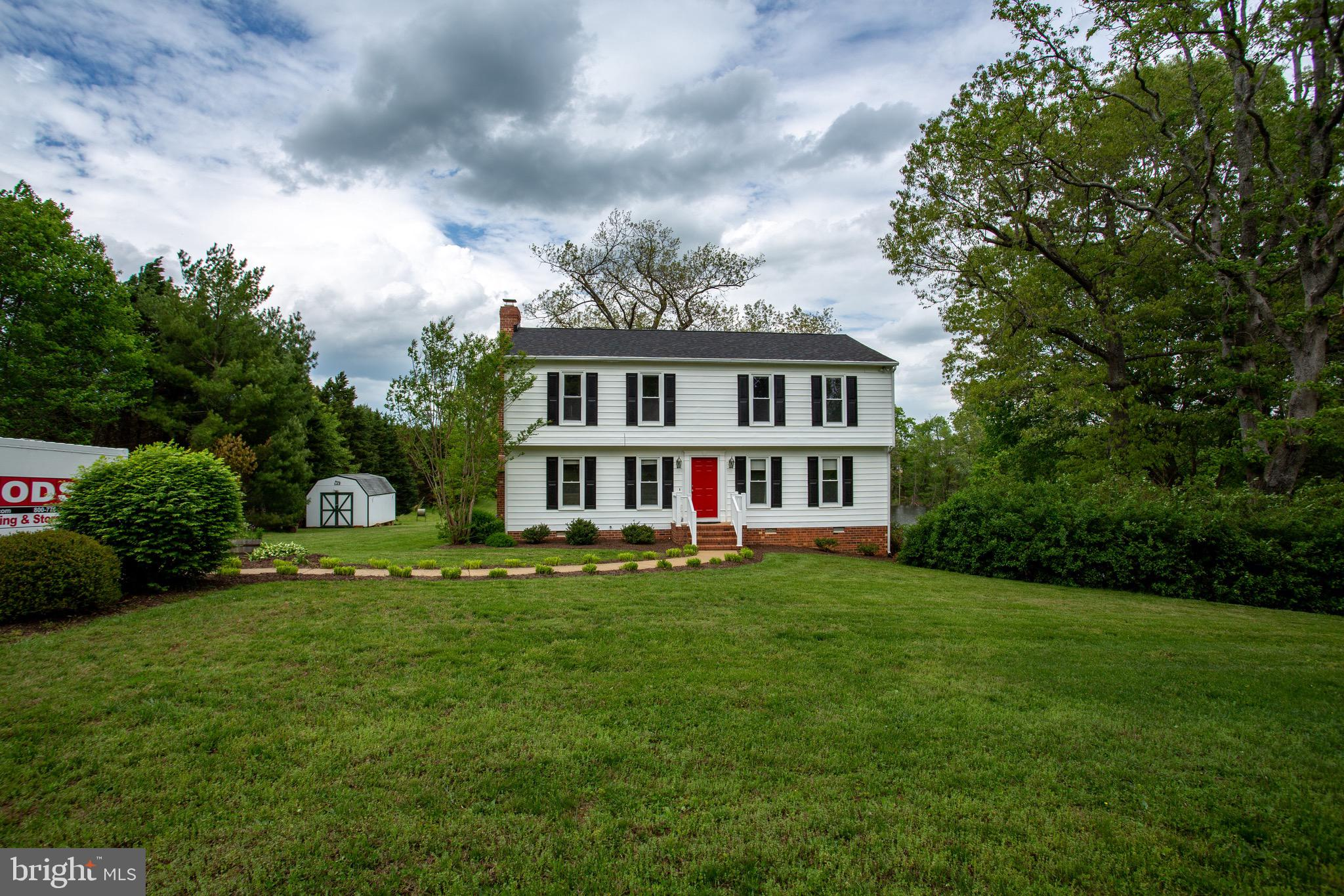 Amazing Colonial tucked back on Salmon Lane in Goochland Courthouse ~ Pond Front ~ 4 Bedrooms 2.5 Ba