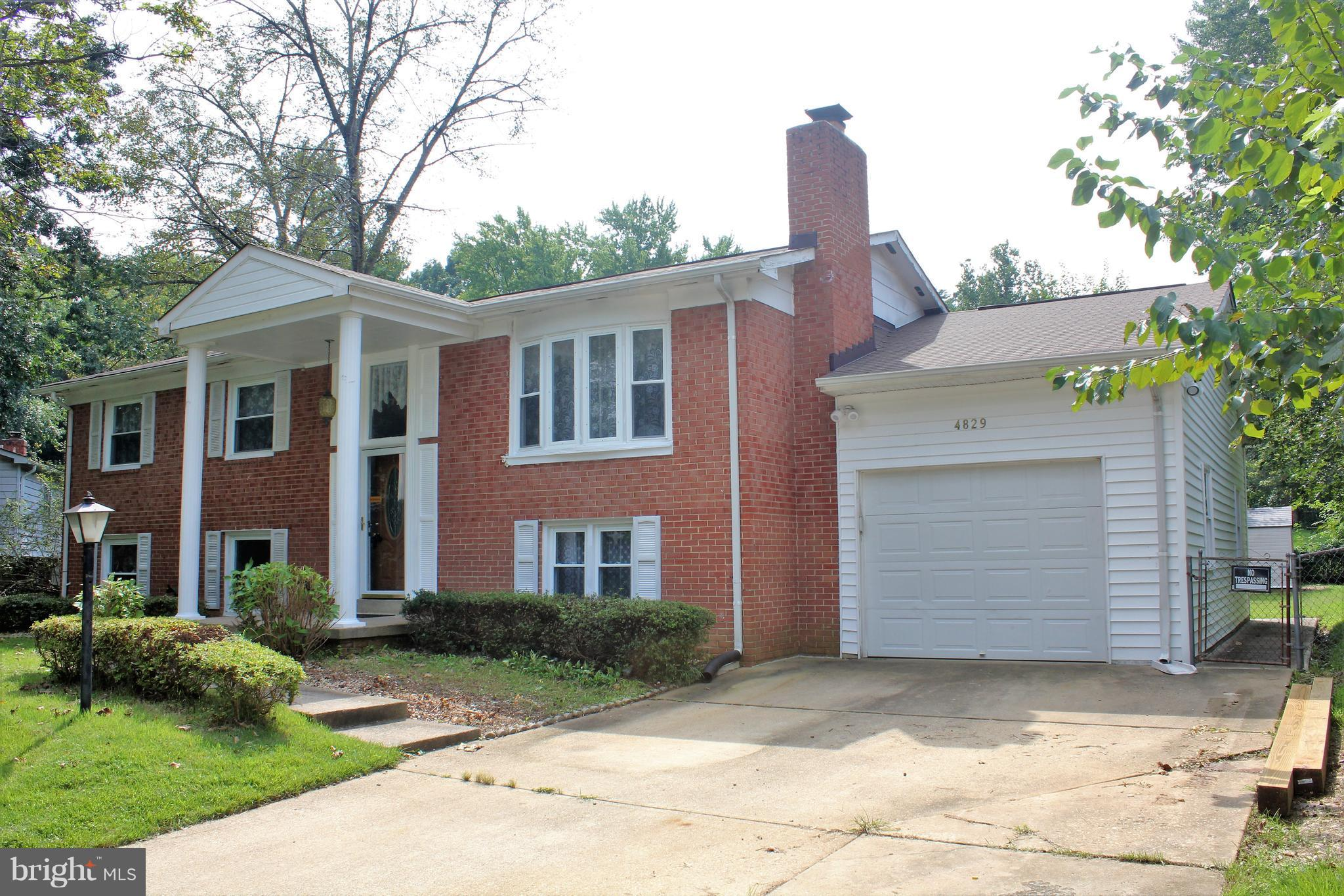 HOME HAS BEEN ENTIRELY REMODELED!!! 5BD  3BR * NEW STAINLESS STEEL APPLIANCES IN KITCHEN * GRANITE C