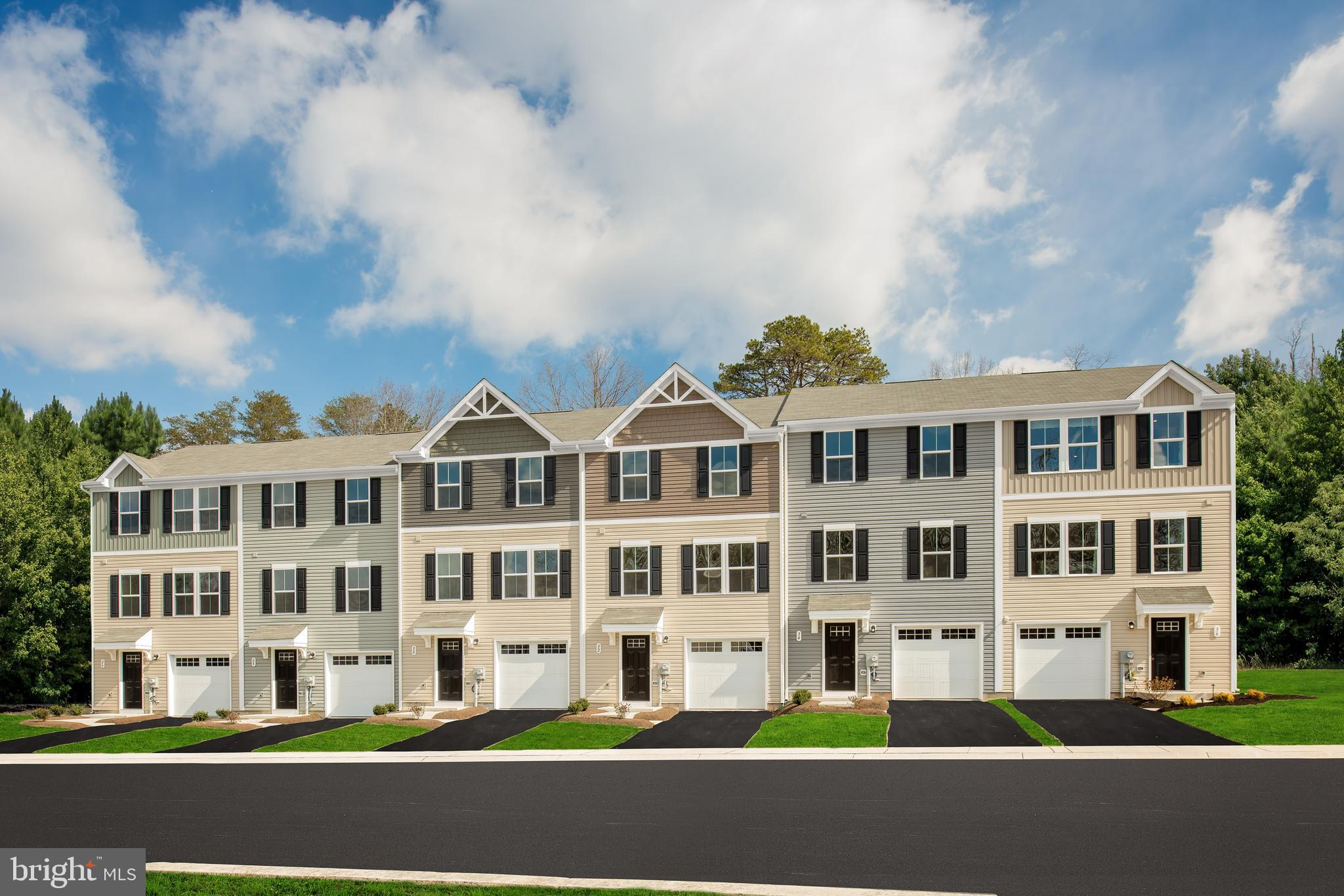 INVESTMENT OPPORTUNITY at Martinsburg Lakes! Stunng PLAN 1220 Model available for sale with a 12 mon