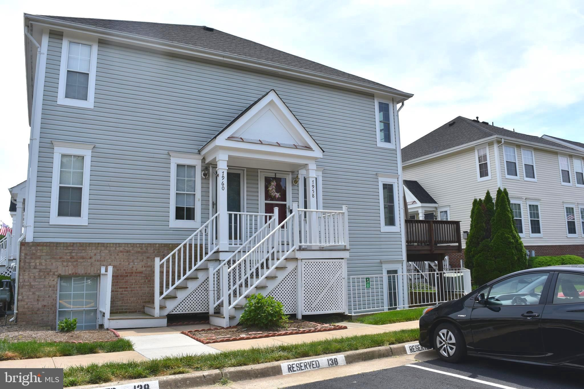 WOW! You do not want to miss this gorgeous 3 level, 3 bed, 3 full bath townhome in Manassas for UNDE