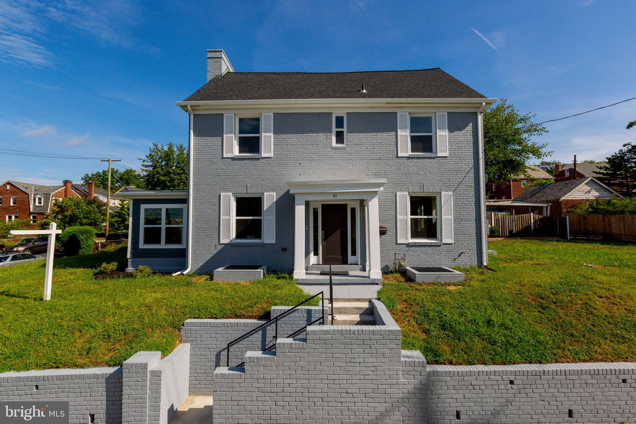 Newly renovated home near busy Kennedy ST NW. This 4 bedroom 3 1/2 bath with room for another bedroo