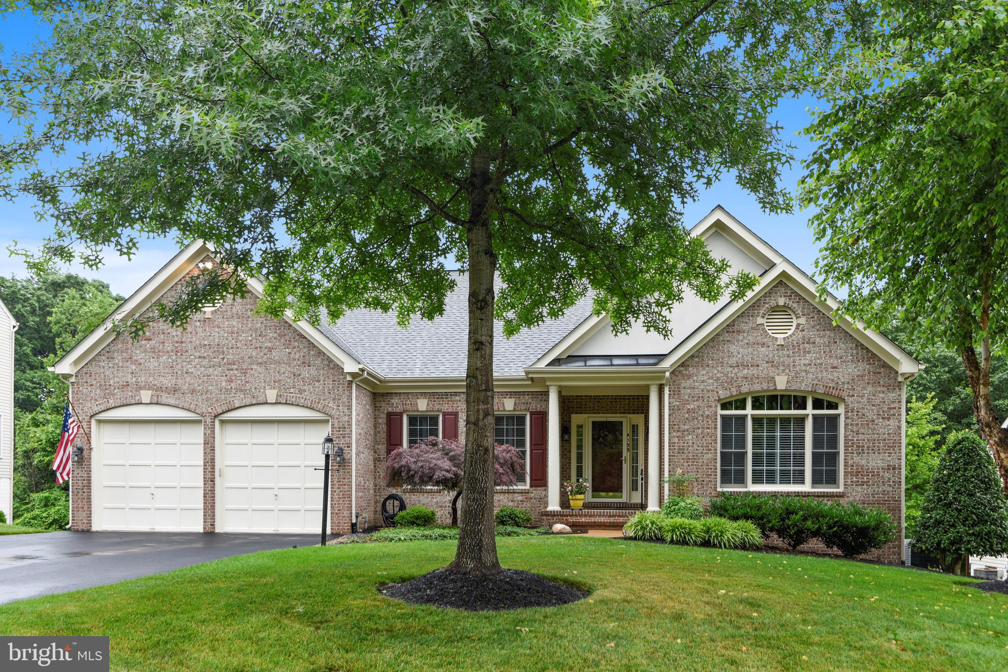Located in Crest Ridge, one of Prince William County~s most beautiful communities, this superb 4 Bed