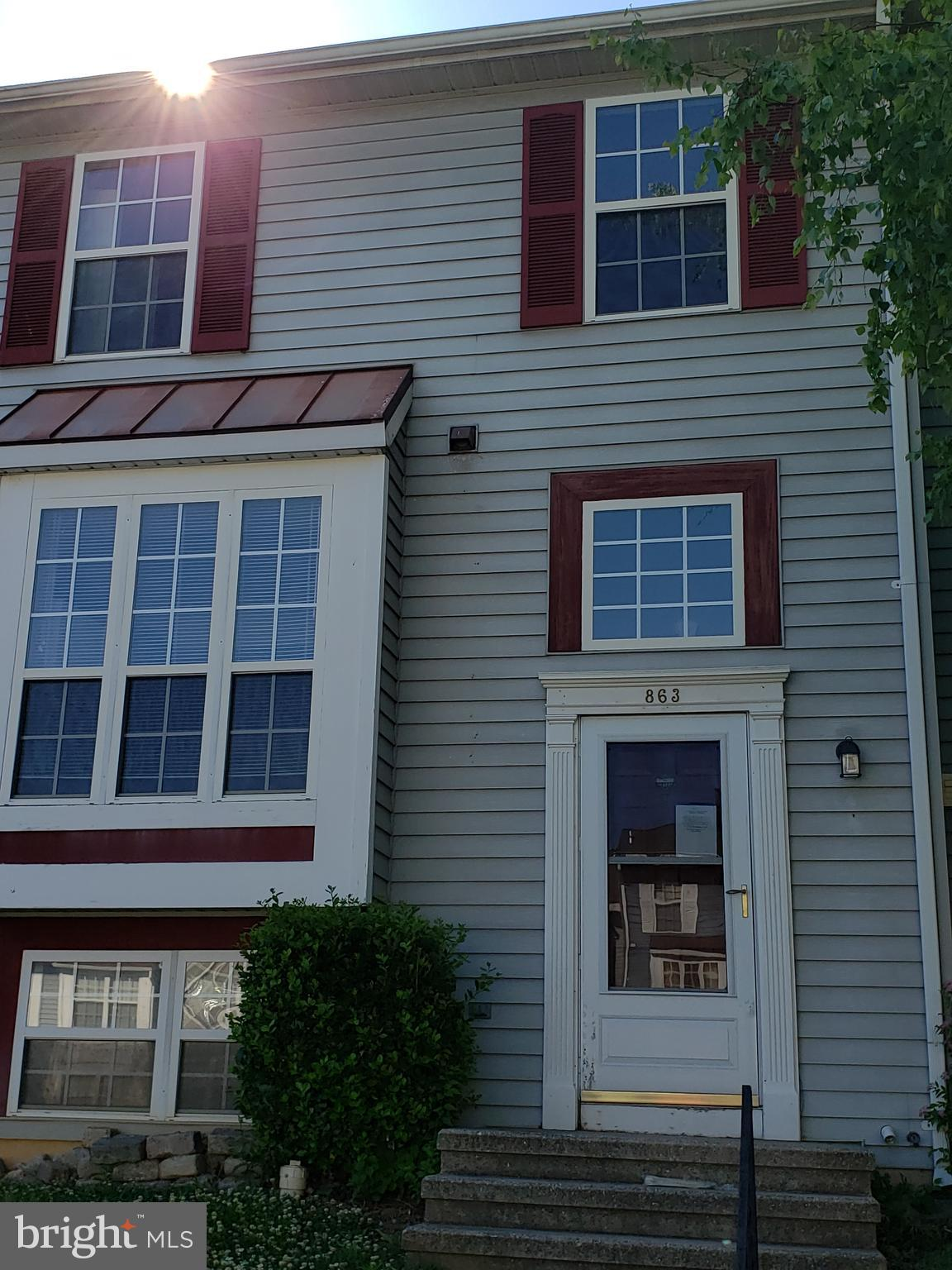 "**** FORECLOSURE**** THIS 3 BEDROOM, ONE FULL AND ONE HALF BATH INTERIOR TOWNHOUSE IS OFFERED ""AS IS"
