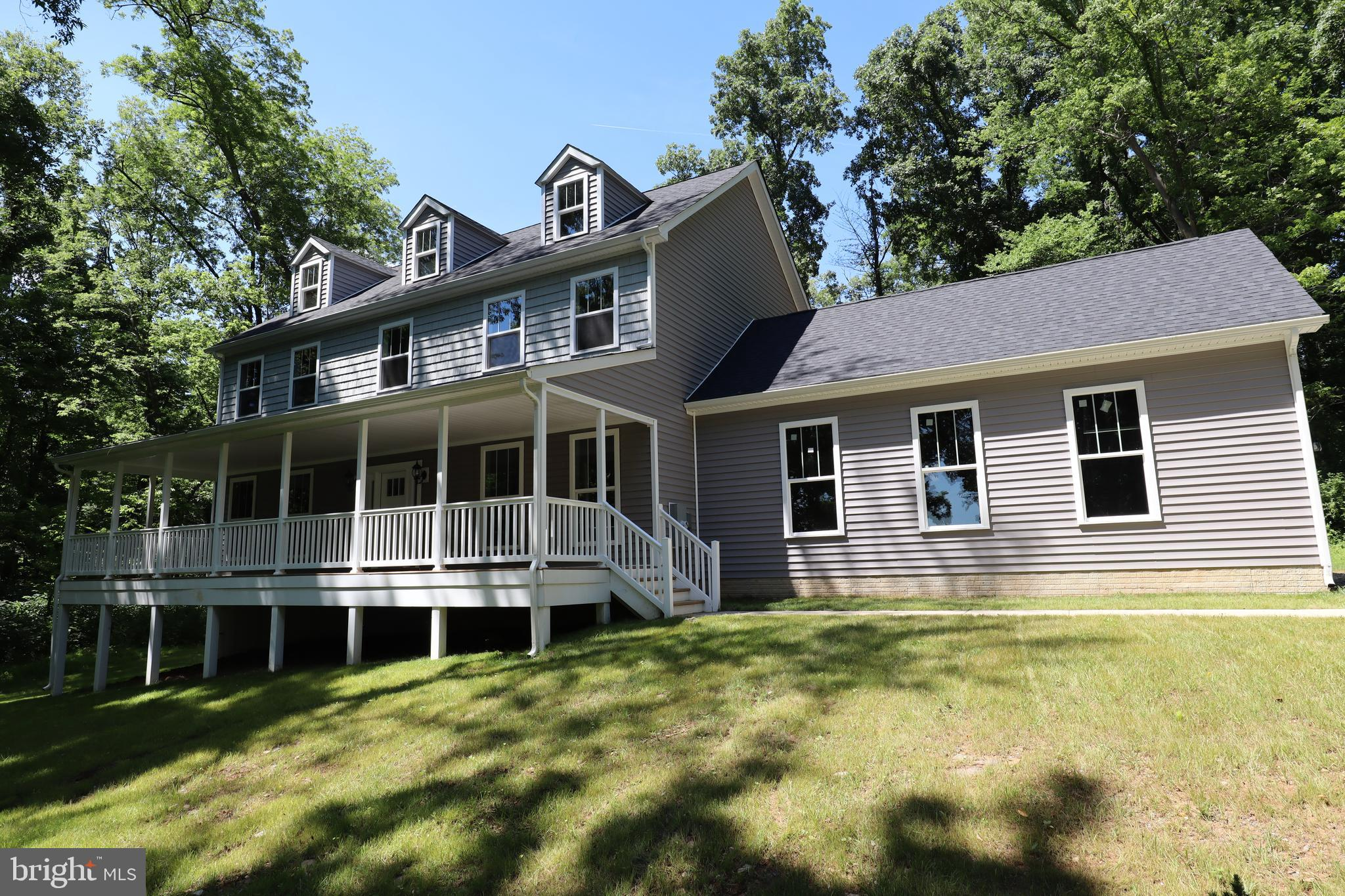 Beautiful two story colonial on 3.66 acres with mountain views. Hardwood Floors, Stainless Steel app