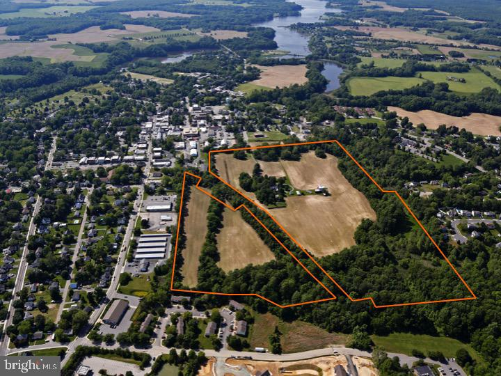 A jewel in Historic Centreville, Locust Hill is 71 acres of prime opportunity! The main farmhouse is
