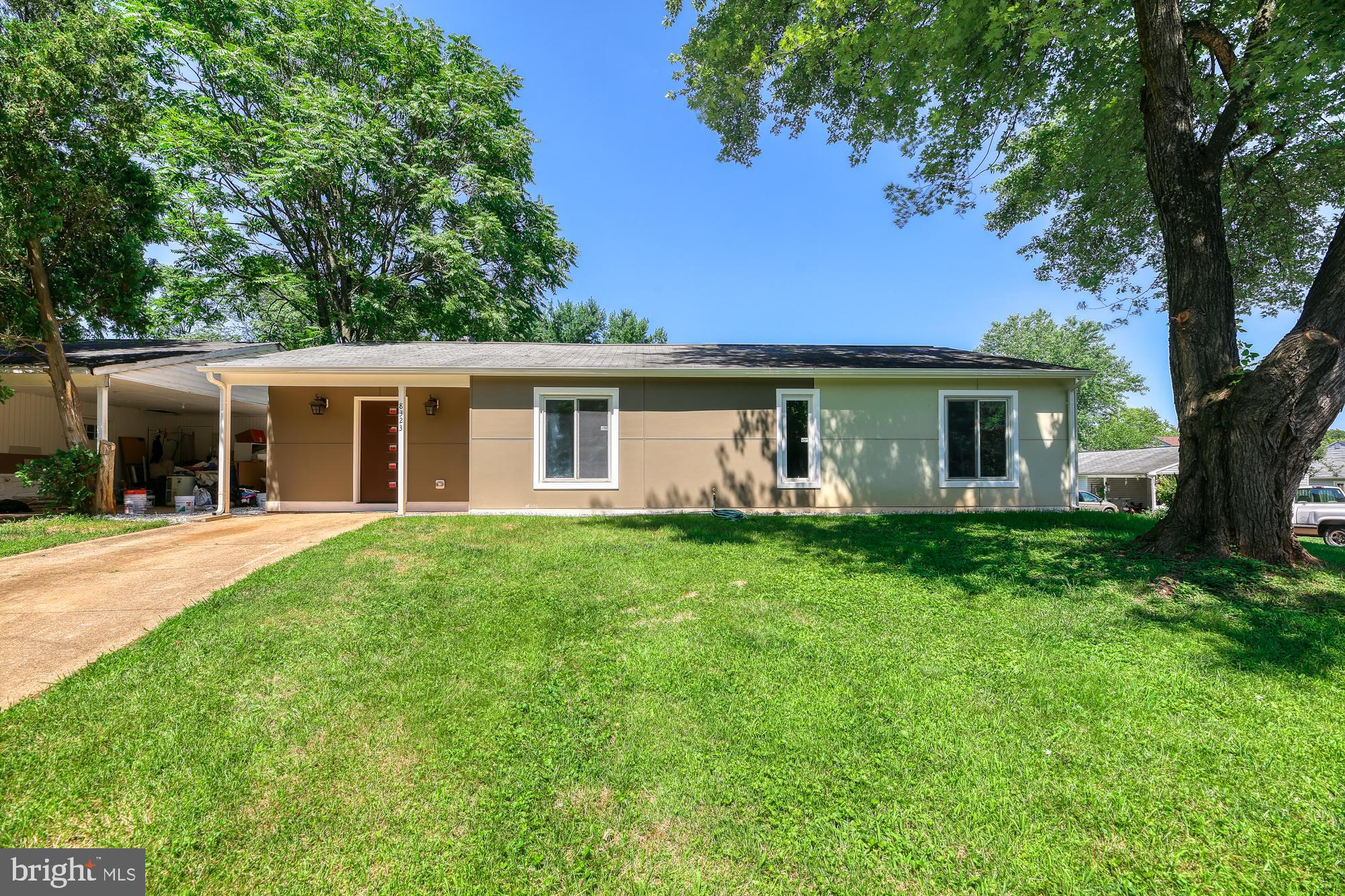 A charming rambler located in extremely convenient location to public park, grocery, shopping, and p
